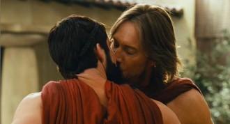 Meet the spartans kiss
