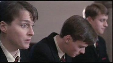 compare and contrast nolan and mr keating Compare and contrast the leadership styles of both mr keating and mr nolan the third clip is a scene from remember the titans.