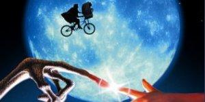 Der Zahn der Zeit nagte offenbar auch an E.T. Steven Spielberg unterzog seinen Film einer CGI-Frischzellenkur.