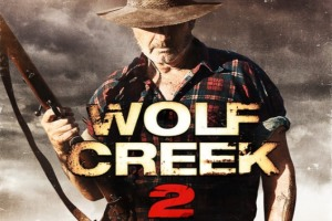 Die Fortsetzung des australischen Horror-Hits WOLF CREEK legt gewalttechnisch eine ordentliche Schippe drauf - zu viel für die FSK in Deutschland.
