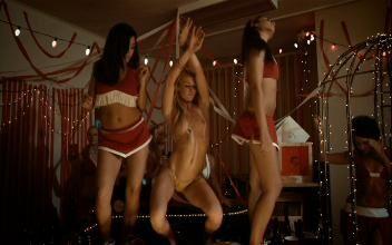 Suggest van wilder freshman year nude scenes